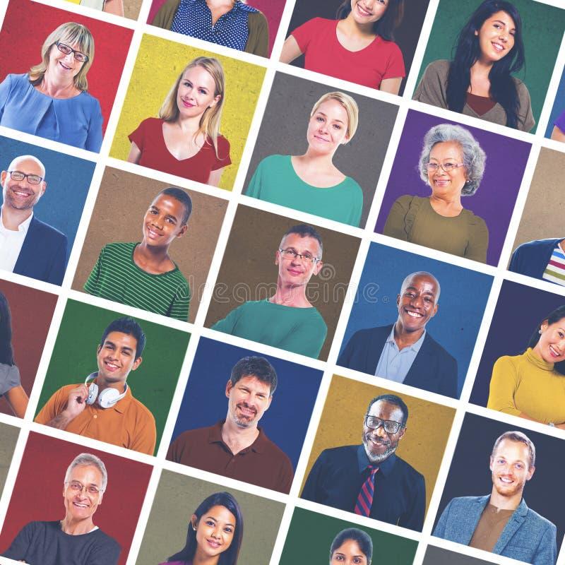 Concetto sorridente variopinto del ritratto della gente multietnica fotografie stock