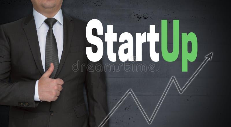 Concetto Startup ed uomo d'affari con i pollici su immagini stock