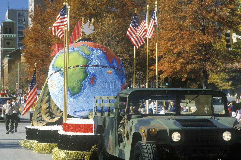 Conciencia global en el desfile en St. Louis, MES del día de veteranos imagenes de archivo