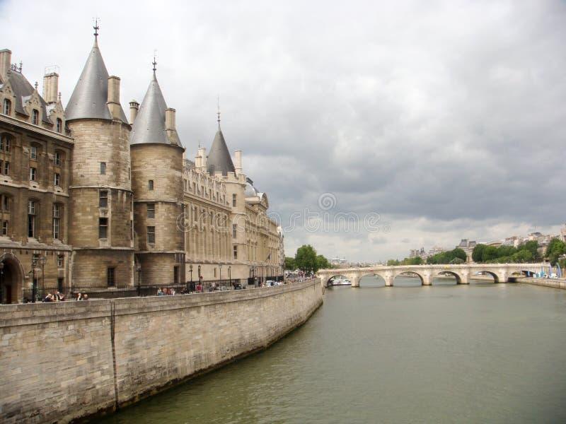 巴黎- 2009 Conciergerie 7月19,宫殿  免版税库存照片