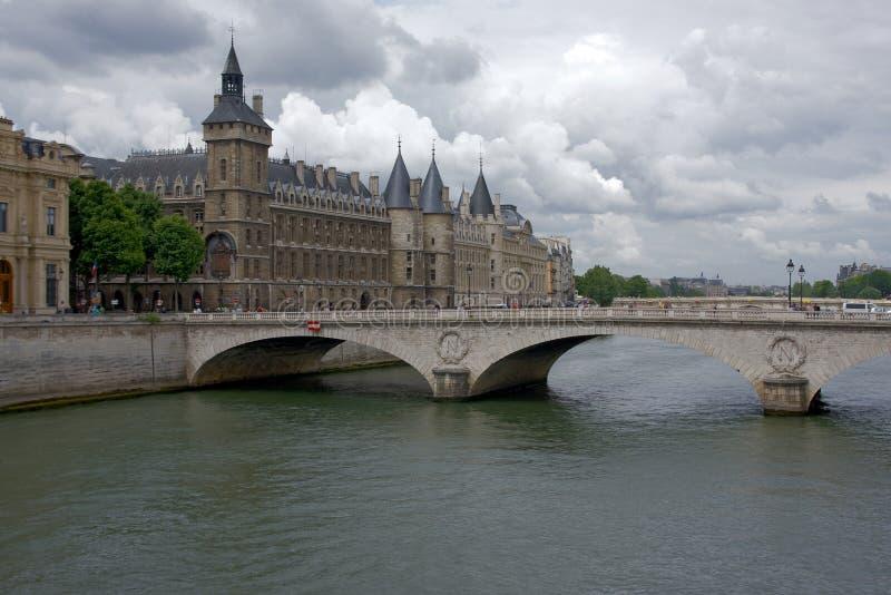 conciergerie paris arkivbild