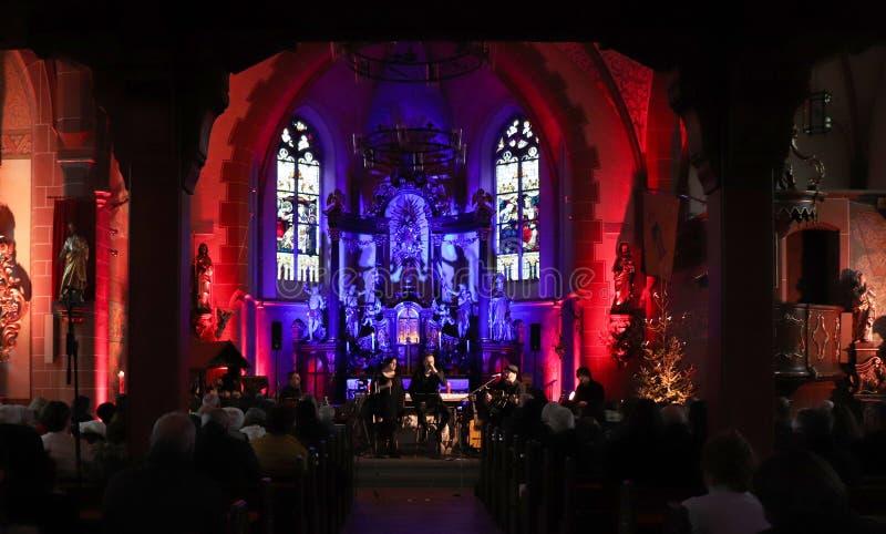 Concierto de la Navidad en Dudeldorf, Alemania foto de archivo