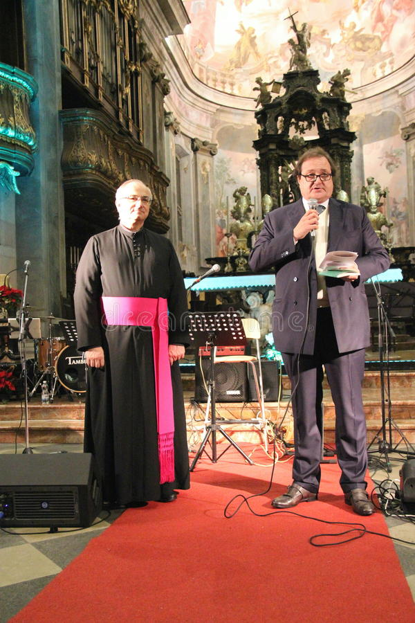 Concierto de la Navidad en la ciudad de Busto Arsizio fotos de archivo libres de regalías