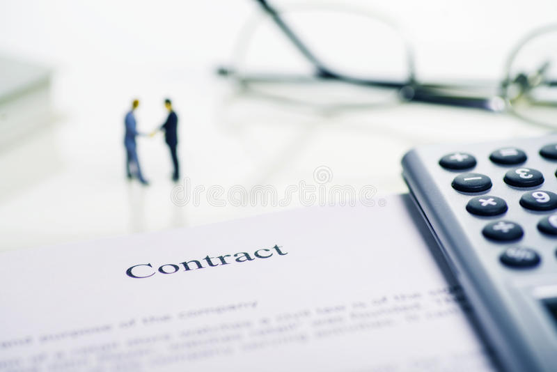 Conclusion d'un contrat image libre de droits