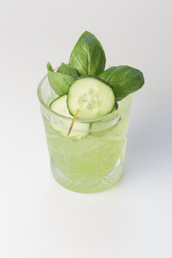 Concombre Basil Smash Cocktail images libres de droits
