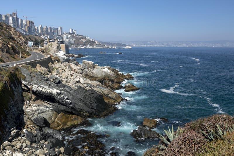 Concon: Чилийский город береговой линии расположенный на Тихоокеанском побережье в провинции Valparaíso, Чили, Латинской Америке стоковые изображения