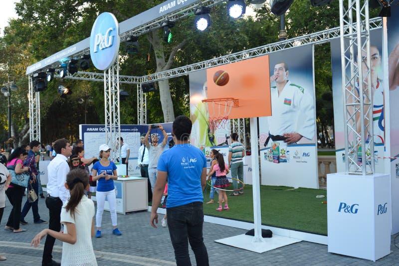 Download Concorsi Nazionali Nel Parco Di Spiaggia A Bacu Immagine Editoriale - Immagine di people, barra: 55359540