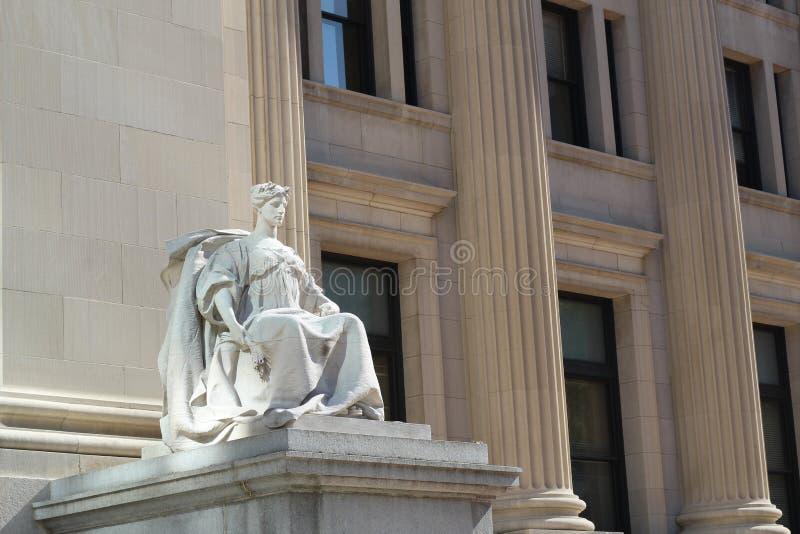Concreet standbeeld van Vrouw stock foto's