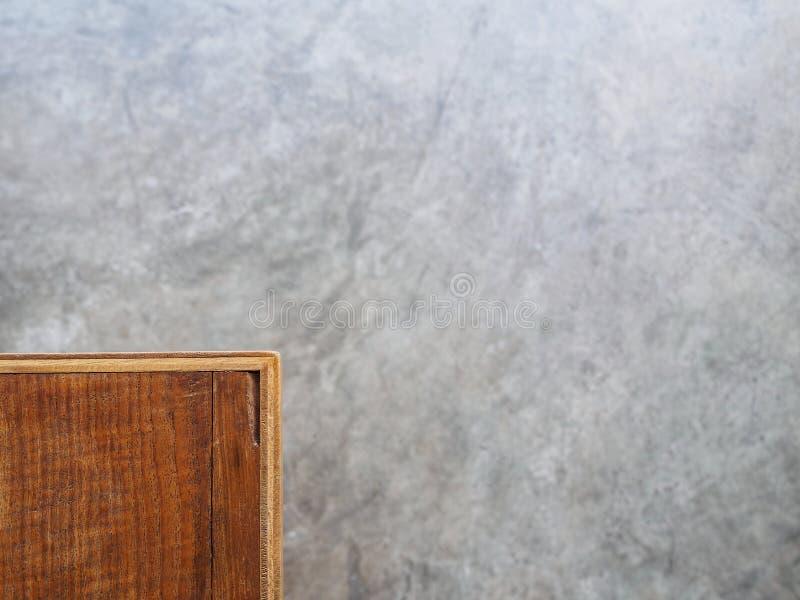 Concret di legno della tavola con il copyspace del pavimento fotografia stock libera da diritti