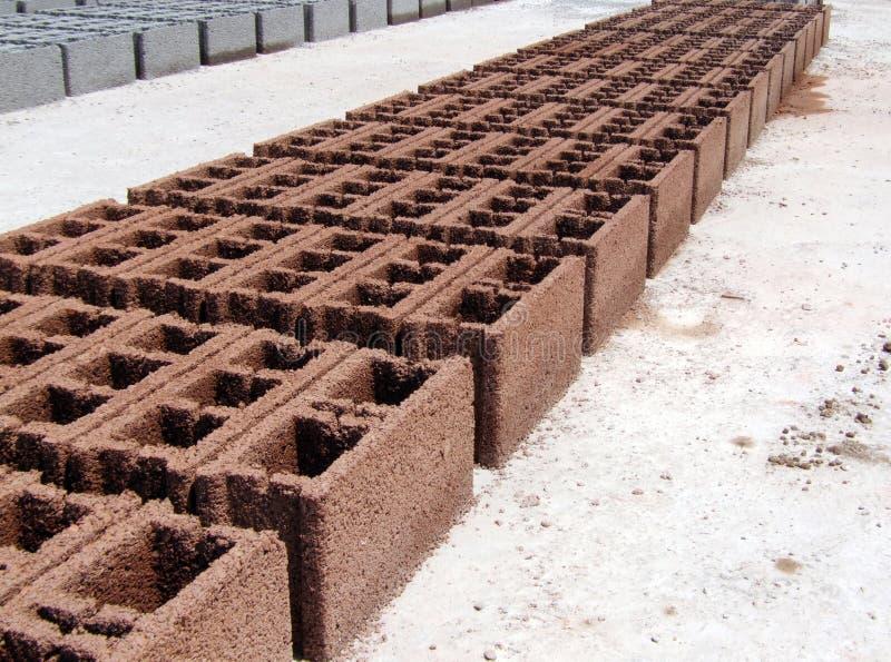 Concrete blokken - Rode sinaasappel - Perspectief royalty-vrije stock fotografie