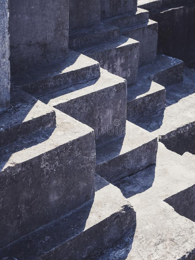Free Concrete Columns Architecture Details Corner Shade Shadow Royalty Free Stock Image - 137457026