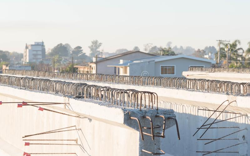 Concrete stralen voor wegviaduct 8 royalty-vrije stock fotografie