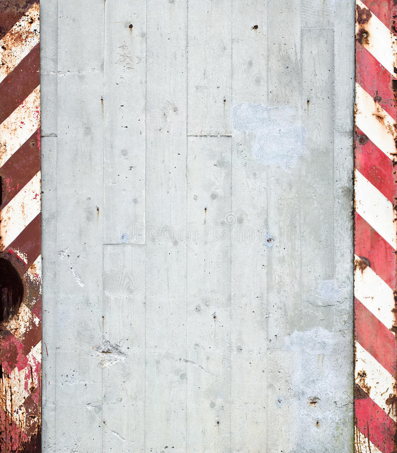 Free Concrete Wall With Warning Stripes Stock Images - 16186724