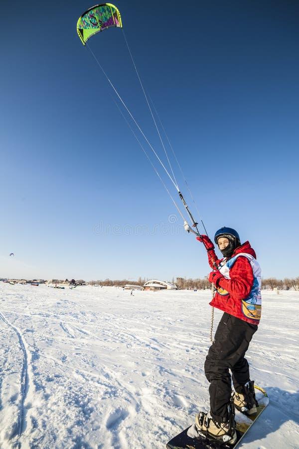 Concurrence russe pour le marathon snowkiting photos libres de droits