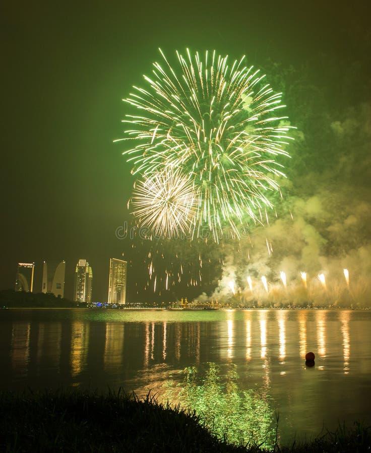 Concurrentie 2013 van het Putrajaya Internationale Vuurwerk stock fotografie