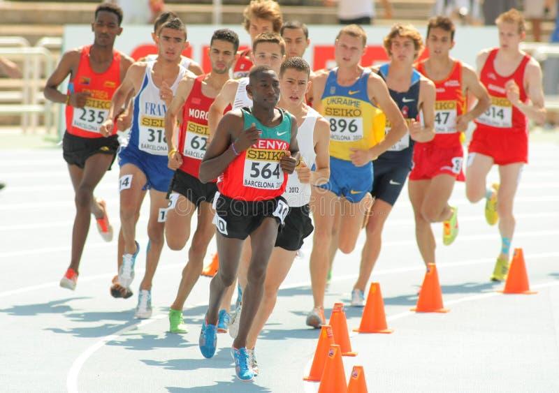 Concurrents de course d'obstacles de 3000m images libres de droits