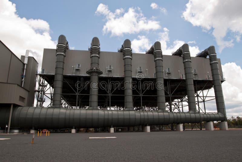 Condensador del aire de la central eléctrica imágenes de archivo libres de regalías