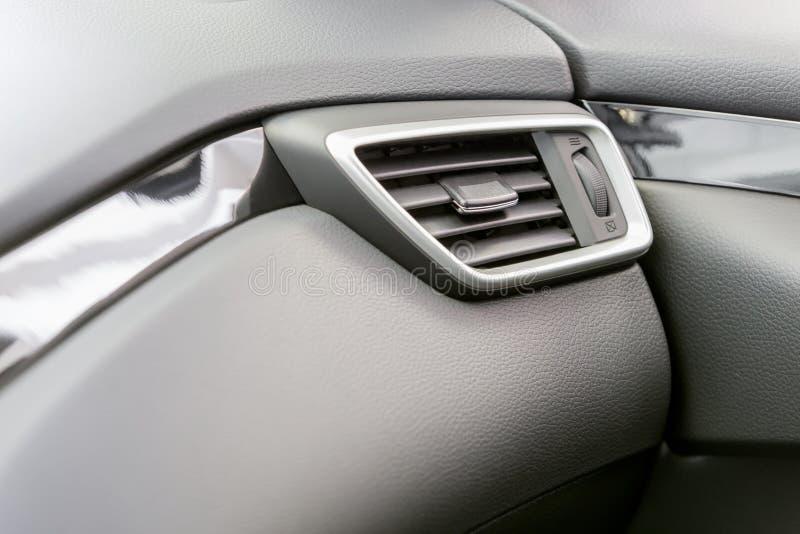 Conditioner in einem Auto lizenzfreie stockfotos