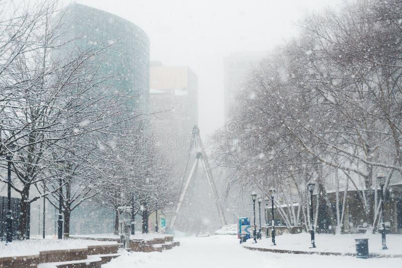 """Conditions de tempête de neige pendant ni """"Pâques en Nouvelle Angleterre Etats-Unis photos stock"""