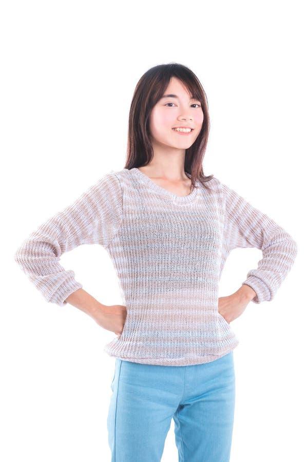 Condizione e sorrisi della ragazza sopra bianco immagine stock libera da diritti