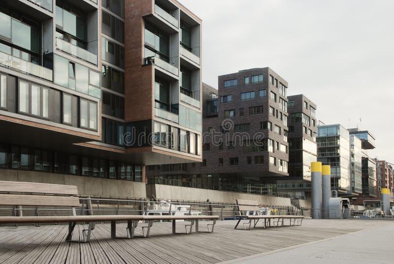 Condomini moderni nel lungomare, Hafencity, Amburgo fotografia stock