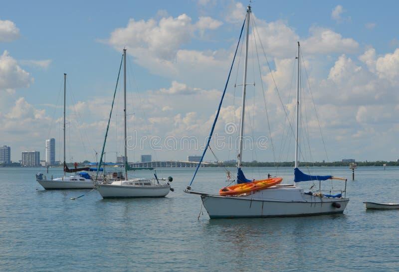 Condominio e Live Aboard Sailboats fotografie stock