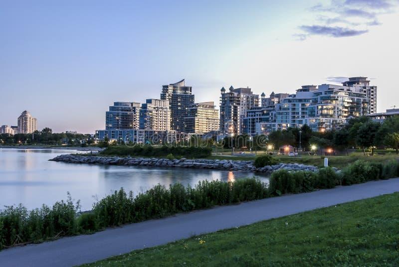 Condominum Gebäude am etobicoke Toronto lizenzfreies stockfoto