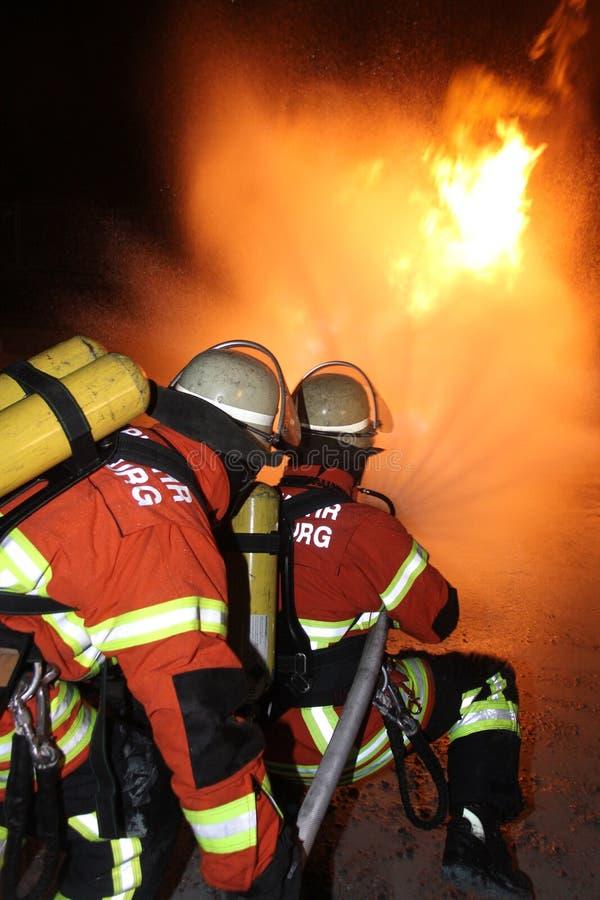 Condotta di gas bruciante fotografia stock