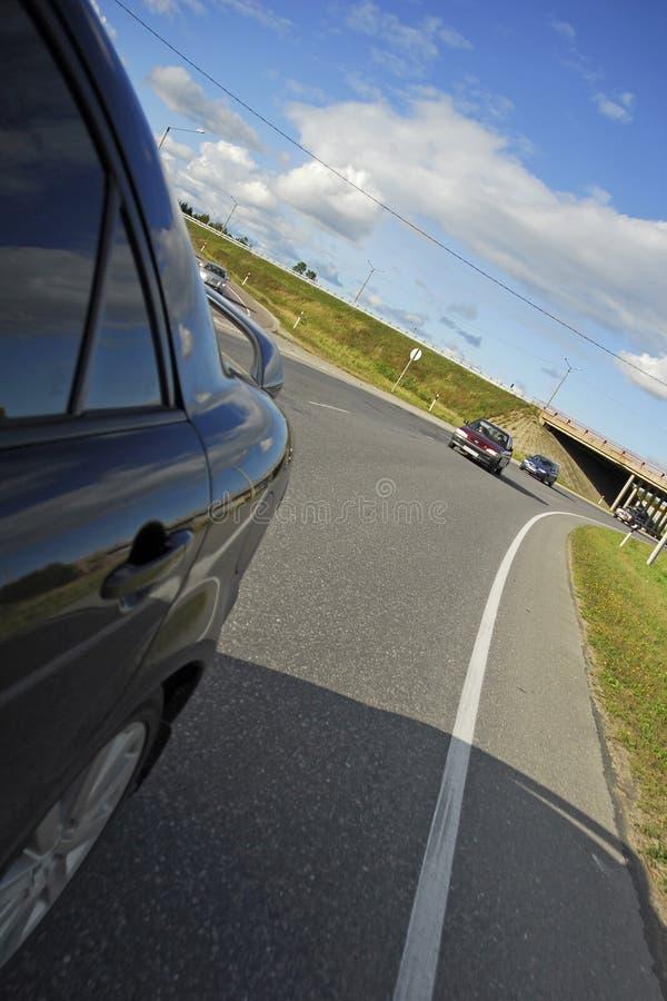 Condução em uma autoestrada quieta imagens de stock royalty free