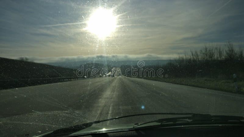 Conducción a casa para la Navidad imagenes de archivo