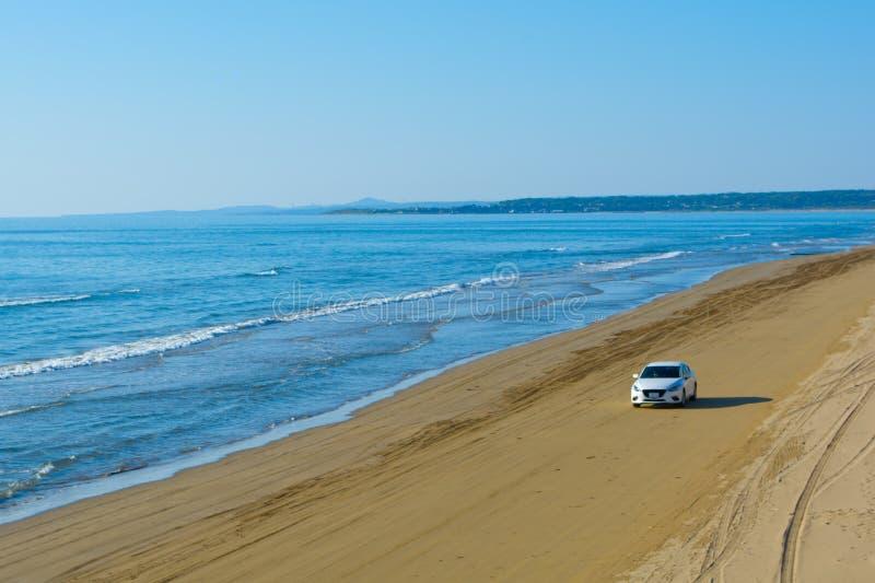 Conducción de la playa imagen de archivo