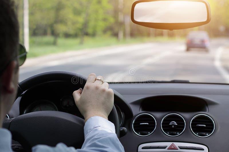 Conducción de una opinión de Car imagen de archivo libre de regalías