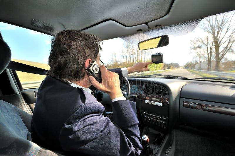 Conducción del coche imagen de archivo libre de regalías
