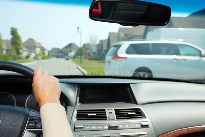 Conducteur de voiture images libres de droits