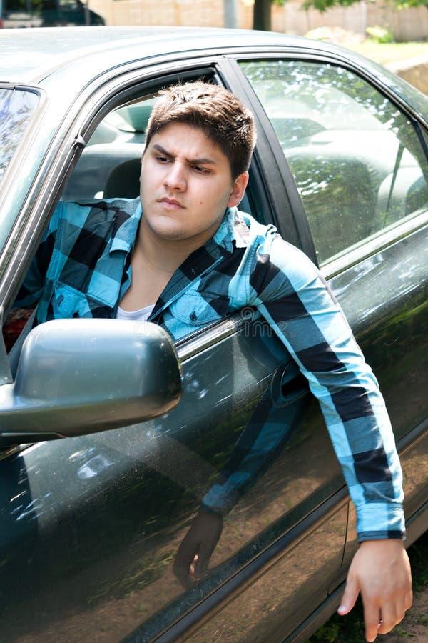 Conductor de coche irritado fotografía de archivo libre de regalías