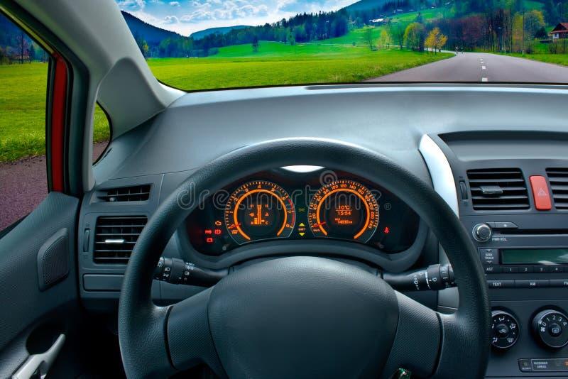 Conduire un véhicule photographie stock