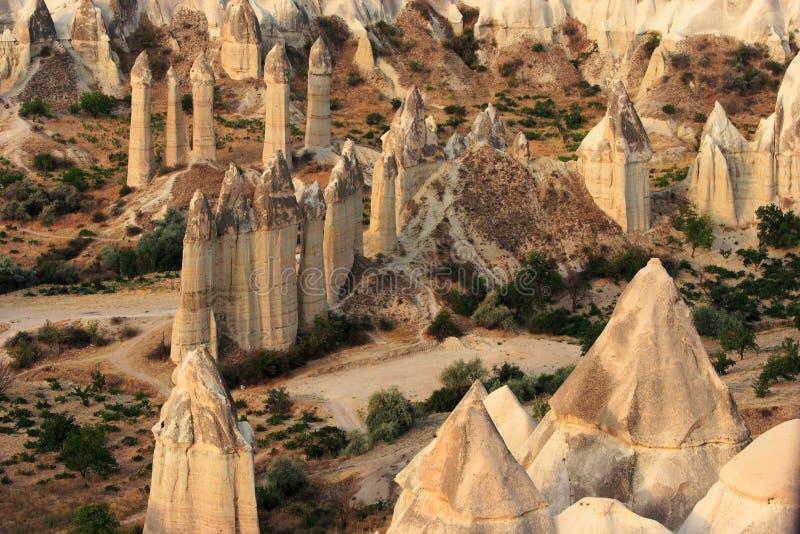 Conduite de Balloom d'air chaud au-dessus de Cappadocia images libres de droits
