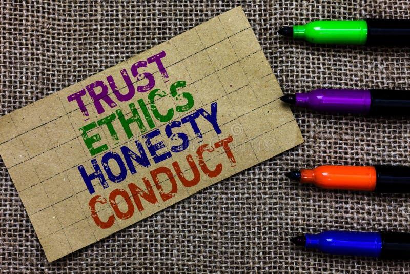 Conduta da honestidade das éticas da confiança da escrita do texto da escrita O significado do conceito conota o comput positivo  imagem de stock royalty free