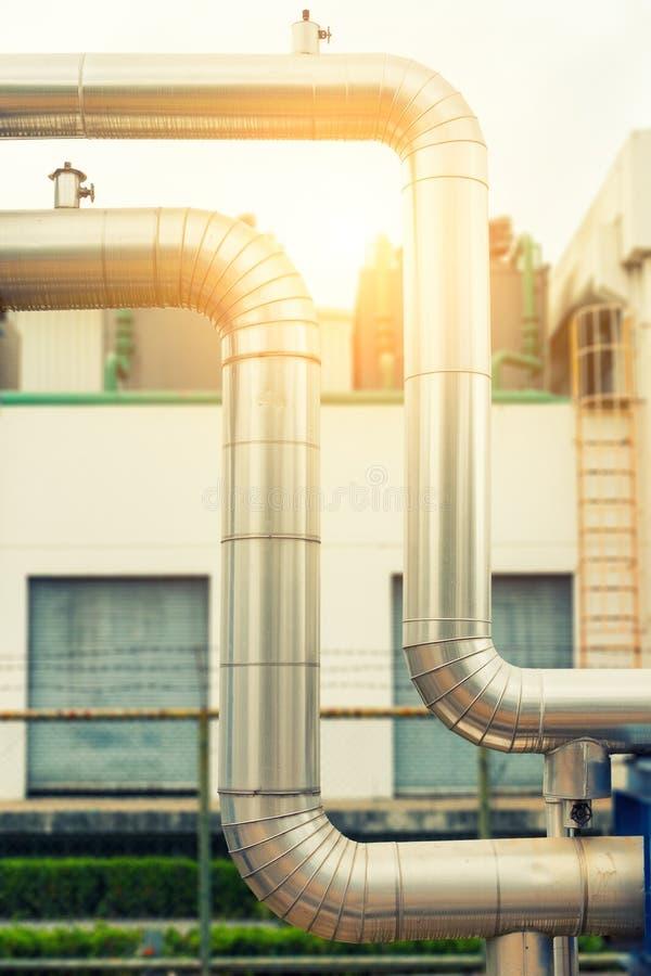 Conduttura del vapore del ciclo, isolamento del tubo di vapore , Isolamento del vapore immagine stock libera da diritti