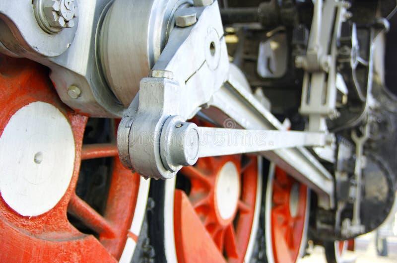 Conduzca las ruedas de la tracción de una locomotora de vapor fotografía de archivo