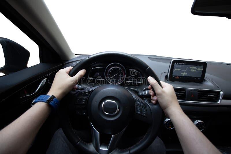 Conduzindo o carro, homem que conduz seu carro foto de stock