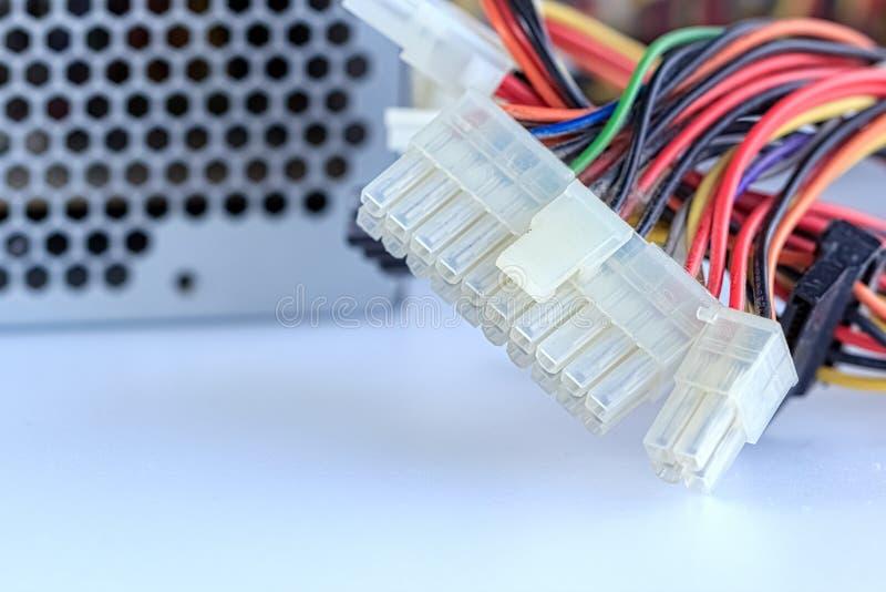Conector velho do cabo distribuidor de corrente do computador imagens de stock