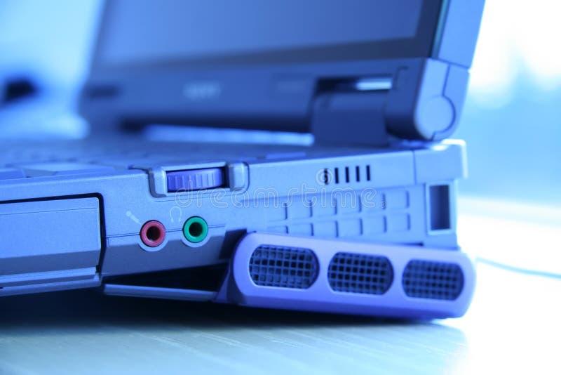 Conectores del audio de la computadora portátil foto de archivo libre de regalías