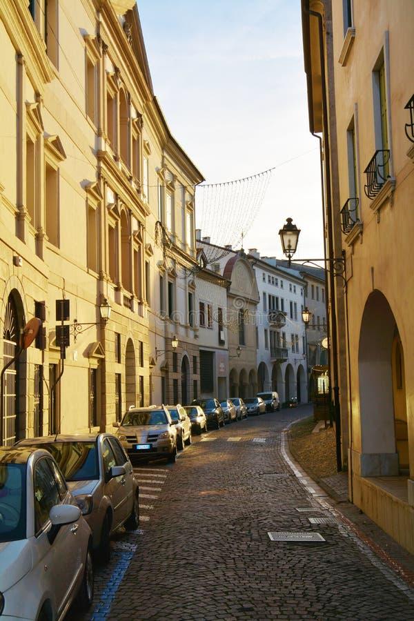 Conegliano Veneto, Gata Och Historiska Byggnader, Detalj ...