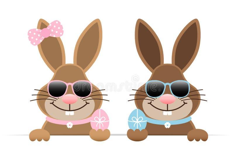 Conejitos de pascua muchacho y gafas de sol del huevo de Holdung de la muchacha horizontales ilustración del vector
