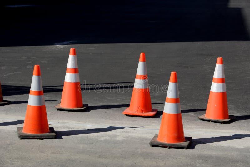 Cones alaranjados foto de stock royalty free