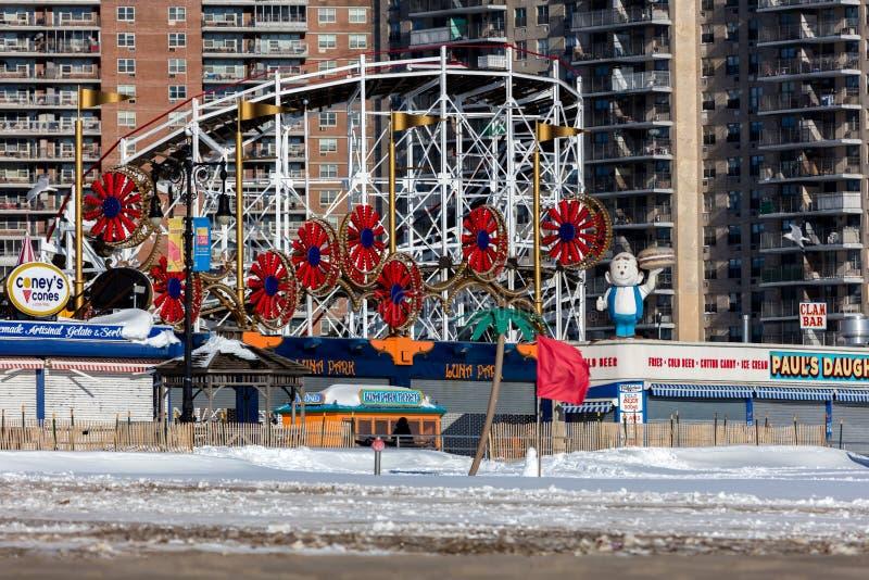 Download Coney Island, Brooklyn, New York Fotografia Editorial - Imagem de marco, novo: 65581192