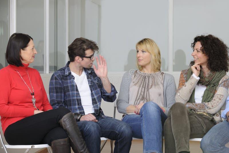 Conférence de groupe de support ou de construction d'équipe images stock