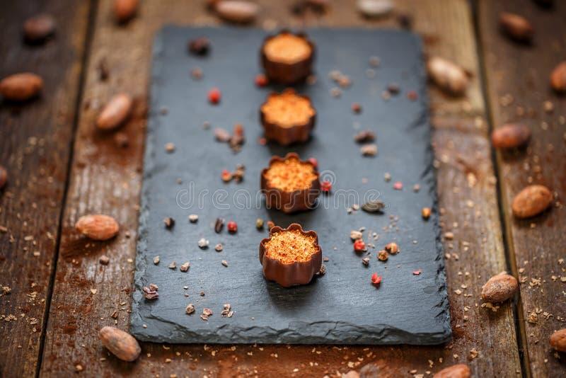 Confeitos finos do chocolate imagens de stock