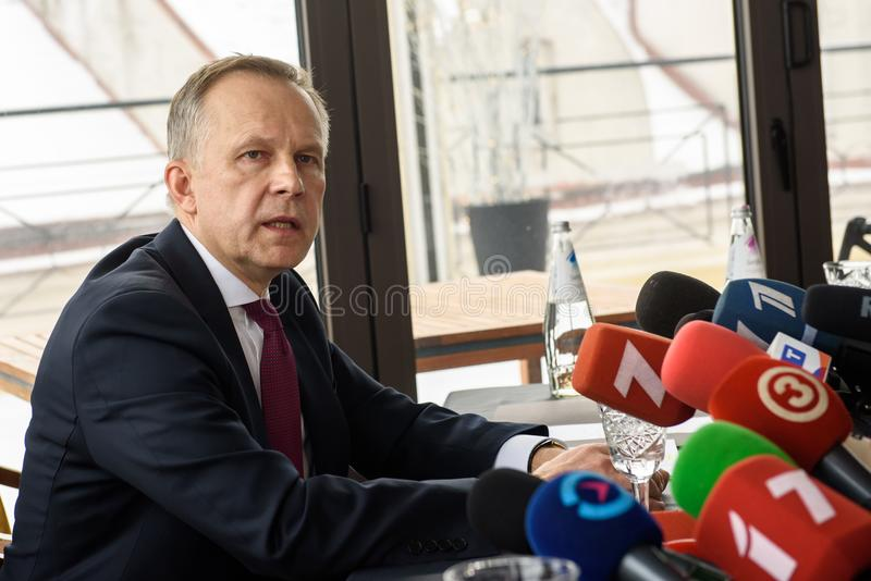 Conferência de imprensa de Ilmars Rimsevics fotografia de stock
